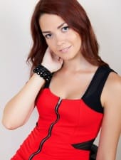 lilla-sexy-hostess-girl-budapest-young-brunette-02.jpg