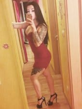 dominika-sexy-tattoeed-party-hostess-girl-in-budapest-04.jpg