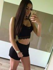 dorina-brunette-sexy-young-partyhostess-girl-budapest-02.jpg