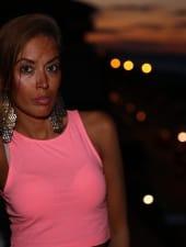 dora-sexy-brunette-party-hostess-limousine-01.JPG