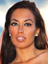 dora-sexy-brunette-party-hostess-limousine-04.jpg