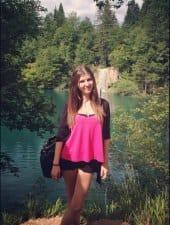 zsofi-beautiful-hungarian-vip-party-hostess-girl-budapest-04.jpg