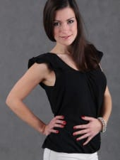 katalin-brunette-pretty-partyhostess-budapest-09.JPG
