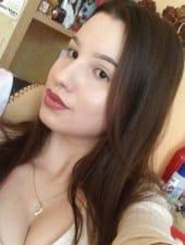 krisztina-enchanting-beautiful-hungarian-partyhostess-girl-02.jpeg