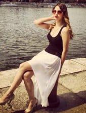 krisztina-enchanting-beautiful-hungarian-partyhostess-girl-06.jpeg