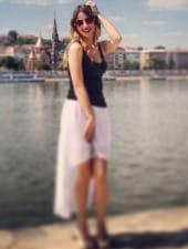 krisztina-enchanting-beautiful-hungarian-partyhostess-girl-08.jpeg