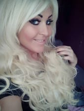 zsanett-blond-girl-hungarian-party-hostess-03.jpg