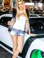 rebeka-vip-limousine-party-hostess-girl-best hostess-agency-budapest-02.jpg