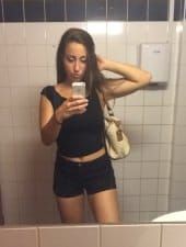 anita-sexy-young-hungarian-girl-budapest-party-hostess-limousine-08.jpg