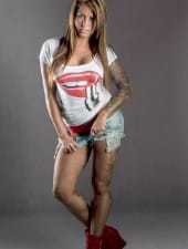 viktoria-tattooed-extrem-partyhostess-girl-01.jpg
