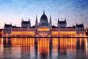 Budapest-partyhostess-Duna-Parlament