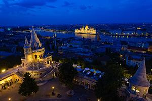 Budapest-partyhostess-Halászbástya
